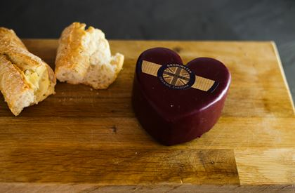Godminster Vintage Organic Cheddar Cheese (Heart Shaped)