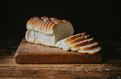 Large White Farmhouse Sliced Loaf
