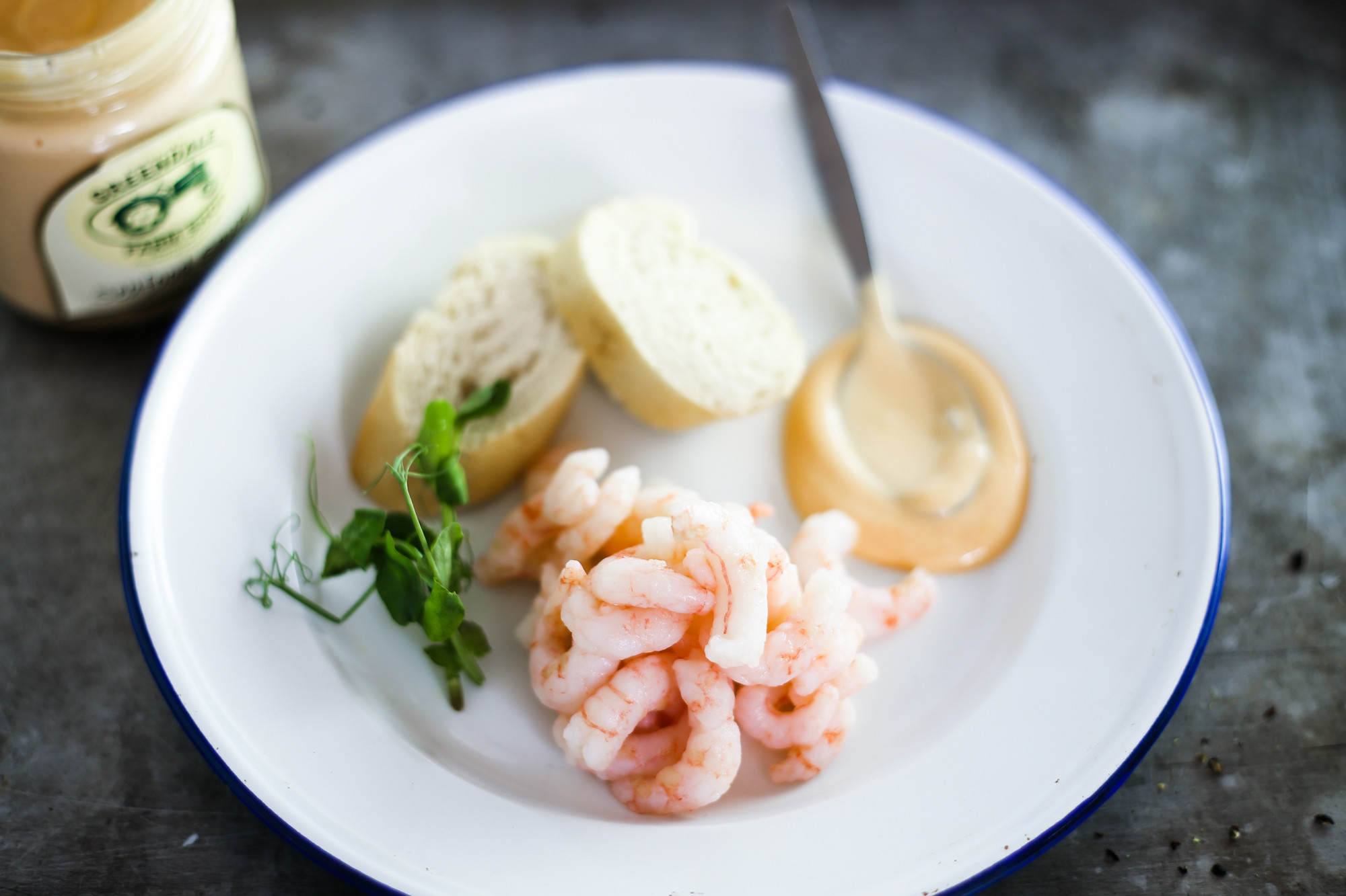 Luxury cooked and peeled prawns