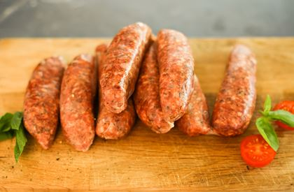 Pork tomato and basil sausages (pack of 8)