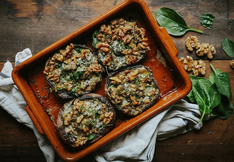 Mushrooms with Spinach & Harbourne Blue